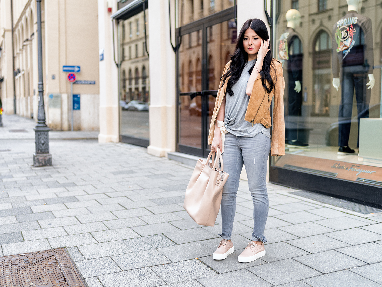 fashionambit-fashionblog-muenchen-styleblog-munich-blogger-deutschland-fashionblogger-bloggerdeutschland-style-blog-lifestyle-blog-modeblog-outfit-wildleder-jacke-kombinieren-