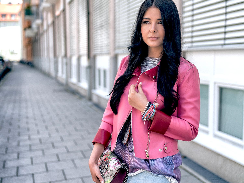 Berry Colors Lederjacke Fashionambit Boyfriend jeans Gucci Tasche
