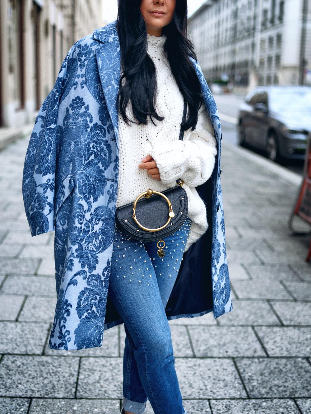 fashionambit-travelblog-muenchen-modeblog-deutschland-blogger-modeblogger-fashionblogger-bloggerdeutschland-lifestyleblog-munich-style-blog-trend-report-samt-und-pullis-mit-zopfmuster.jpg