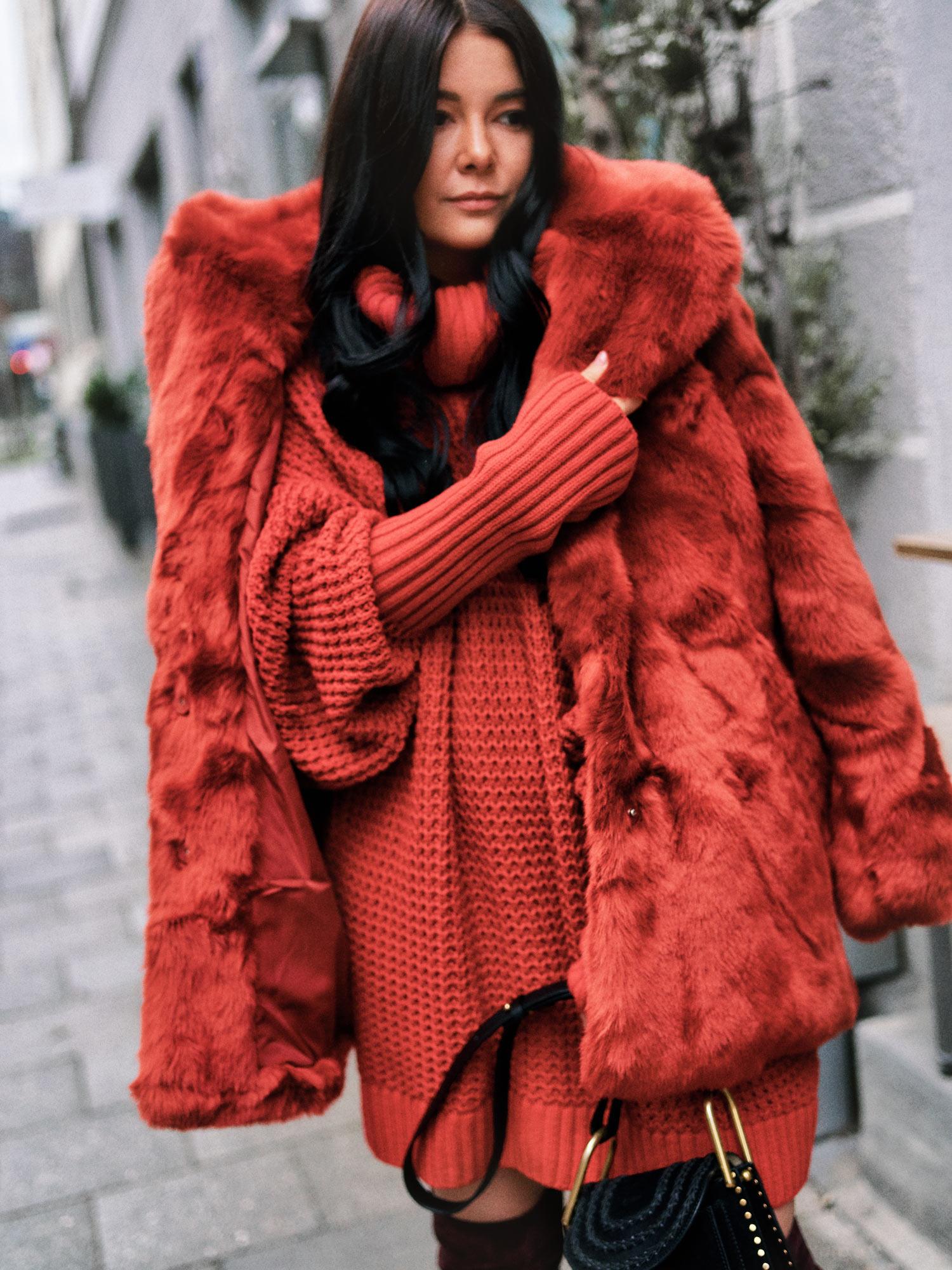 Trendfarben 2018 rot die trendfarbe aus herbst winter im - Trendfarben fur wande ...